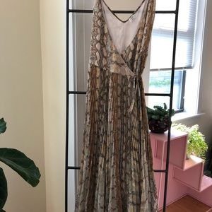 Wilfred Beune dress